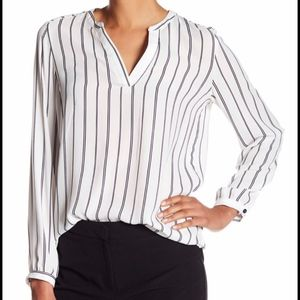 Adrianna Papell Pinstripe Long Sleeve Blouse M